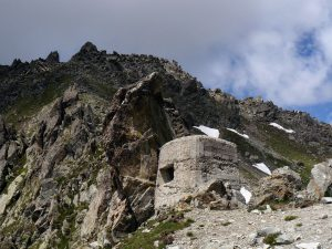 Col de Fenestre Pass, Fortifications, France