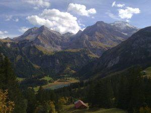 Lauenen Valley BE, Lauenen Lake, Switzerland