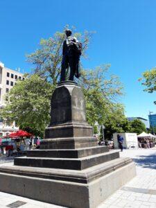 20191209_133609 - Neuseeland - Christchurch - Statue - Gründer von Canterbury - John Robert Codley - Thomas Woolner