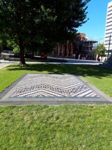 20191209_174146 - Neuseeland - Christchurch - Kunstwerk - Maori-Kultur - Bindungspatrone