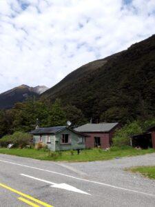 """20191210_113303 - Neuseeland - TranzAlpine BAhn - Arthur's Pass - Otiratunnel - """"Tunnellers cottage"""""""