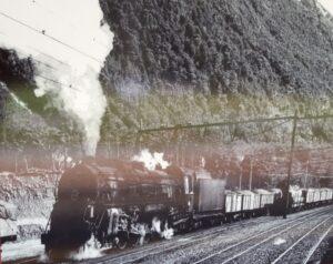 20191210_152051 (2) - Neuseeland - TranzAlpine Bahn - Arthur's Pass Village - Arthur's Pass Bahnhof - Eisenbahngeschichte - Dampflokomotive