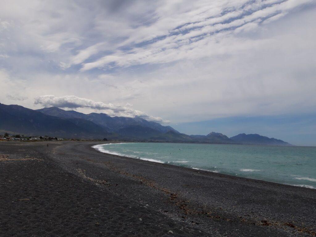 20191211_140048 - Neuseeland - Kaikoura - Pazifik - Strand - Kaikoura Ranges