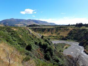 20191214_100042 - Neuseeland - Canterbury NZ - Conway river Fluss - tiefes Flussbett