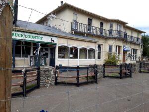 20191214_113155 - Neuseeland - Canterbury NZ - Waiau - Waiau Hotel 1900 - Erdbeben 2016