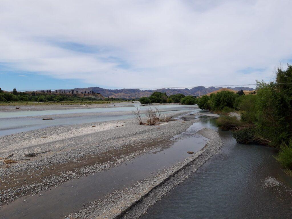 20191214_114133 - Neuseeland - CAnterbury NZ - Ort Waiau - Fluss Waiau - verflochtener Fluss - Neuseeländische Südalpen