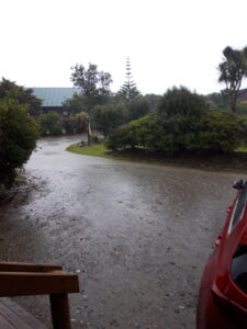20191216_190322 - Neuseeland - Westcoast - Hokitika - Abend - Regen