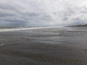 20191217_104512 - Neuseeland - Westcoast - Hokitika - Strand - Tasman Meer