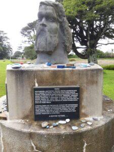 20191217_113905 - Hokitika - Seaview - Maori-Geschichte - Maori-Denkmal