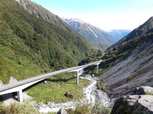 20191218_100137 - Neuseeland - Westcoast - Canterbury - Arthur's Pass - Otira-Schlucht - Otira Bridge Brücke