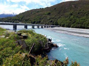 20191218_110228 - Neuseeland - Canterbury - Arthur's Pass Village - Waimakariri Fluss - Brücke