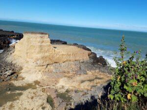20191218_174419 - Neuseeland - Canterbury - Timaru - Pazifik - Dashing Rocks - Vulkan
