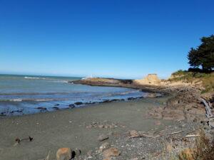 20191218_174656 - Neuseeland - Canterbury - Timaru - Pazifik - Dashing Rocks - Vulkan - Welle