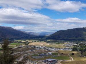 20191222_114302 - Neuseeland - Otago - Wanaka - Mt. Iron - roche moutonnée - Rundhöcker - Clutha Fluss