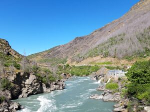 "20191223_100655 - Neuseeland - Otago - Cromwell (NZ) - Queenstown (NZ) - Kawarau Fluss - Kawarau Schucht - ""Roaring Meg"" Wasserkraftwerk"