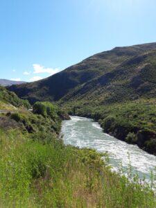 "20191223_101626 - Neuseeland - Otago - Cromwell (NZ) - Queenstown (NZ) - Kawarau Fluss - Kawarau Schucht - ""Roaring Meg"" Wasserkraftwerk"