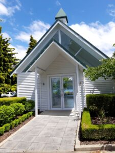 20191224_135205 - Neuseeland - Fiordland - Te Anau - Te Anau See - wedding chapel - Kirche