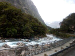 20191225_151421 - Neuseeland - Fiordland - Te Anau Downs (NZ) - Eglinton Valley Tal - Eglinton Fluss