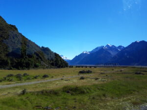 20191228_093550 - Neuseeland - Canterbury (NZ) - Mount Cook Village (NZ) - Hooker Fluss - Brücke - Tasman Valley Tal
