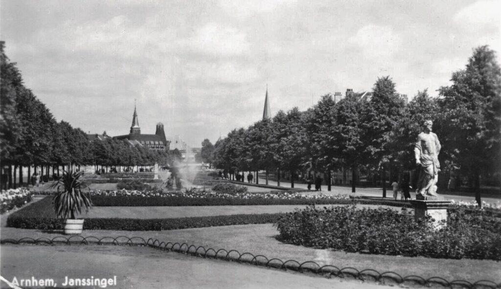 Janssingel 1935 Oud-Arnhem 45720646_1963980116972311_6090730445723402240_o